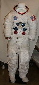 Apollo 11 Space Suit Helmet - Pics about space
