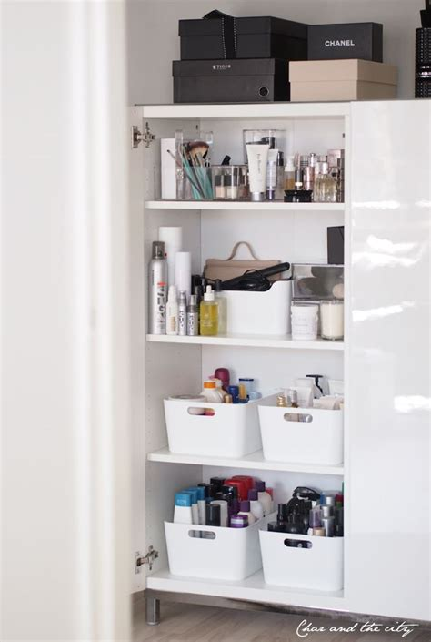 How To Make Storage In A Small Bathroom by Pin By Alejandra Legarreta On Ideas For The Home Closet