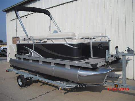 Used Paddle Qwest Boats For Sale by Qwest Paddle Qwest 616 Family Cruise Pontoon Boats Used In