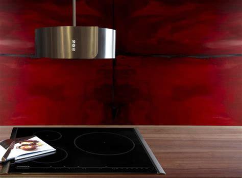 pintade cuisine des hottes aspirantes très design galerie photos d