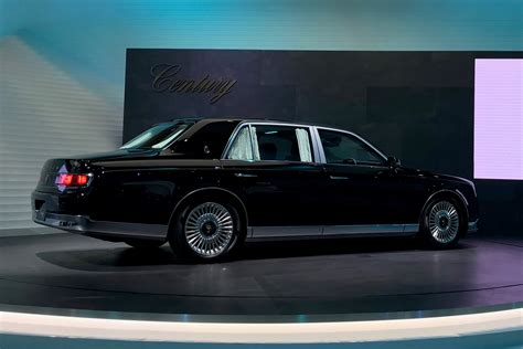 New Toyota Century Limo Brings Old-school Class To Tokyo