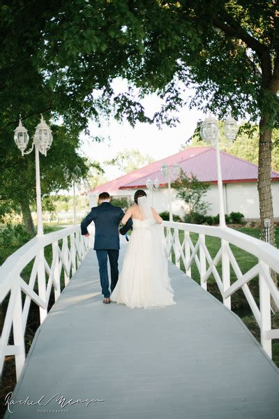 willow creek wedding  venue waxahachie tx