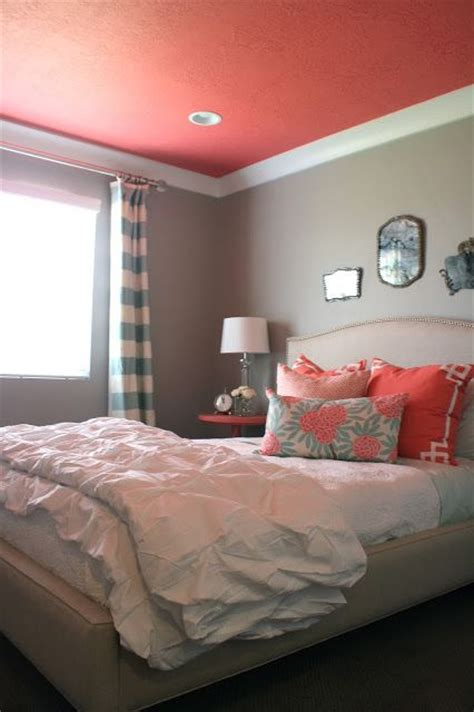 paint trends decorating  coral