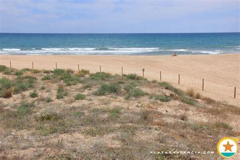 playa de els marenys de las marismastavernes de la