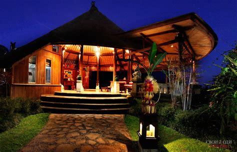 Отель Bagus Jati Health & Wellbeing Retreat 4* в Убуде на