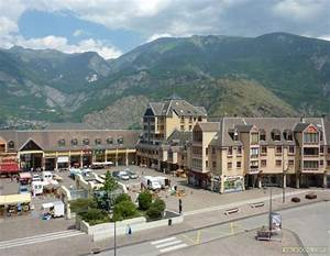 Saint Jean De Maurienne : photo place du forum saint jean de maurienne saint jean de maurienne st jean de maurienne ~ Maxctalentgroup.com Avis de Voitures