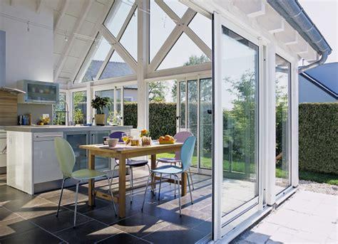 cuisine veranda photos aménager une cuisine dans une véranda travaux com