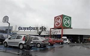 Zone Industrielle Claye Souilly Magasins : boulazac 24 l hypermarch carrefour devient hyper u ~ Dailycaller-alerts.com Idées de Décoration
