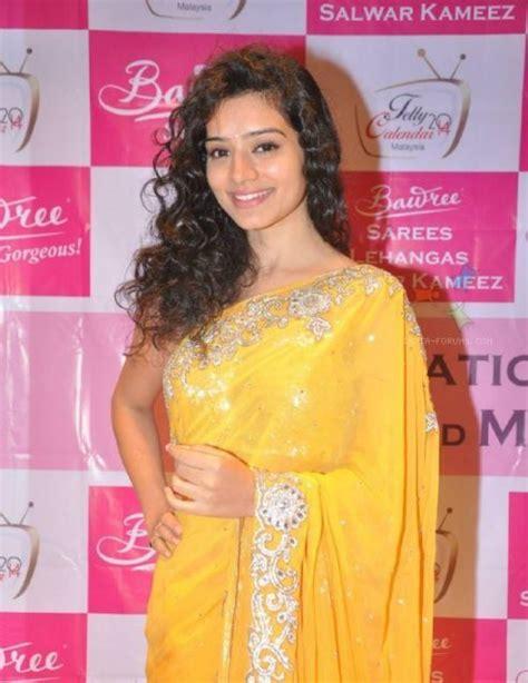 Sukirti Kandpal Bollywood Serial Actress Cute Photos And ...