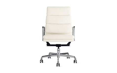 Dwr Eames Soft Pad Management Chair by Eames 174 Soft Pad Executive Chair Design Within Reach