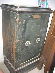 Acheter Un Coffre Fort : coffre fort ancien prix castorama coffre fort castorama ~ Premium-room.com Idées de Décoration