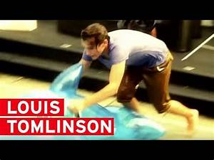 Watch One Direction's Louis Tomlinson accidentally hit ...