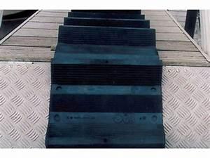 Echelle De Toit : echelle de toit souple en caoutchouc pour couvreurs ~ Melissatoandfro.com Idées de Décoration