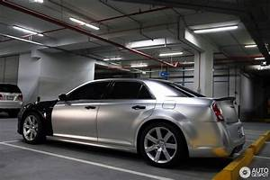 Chrysler 300 Srt8 : chrysler 300c srt8 2013 5 january 2015 autogespot ~ Medecine-chirurgie-esthetiques.com Avis de Voitures