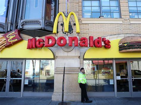 How Mcdonald's Can Fix Customer Service