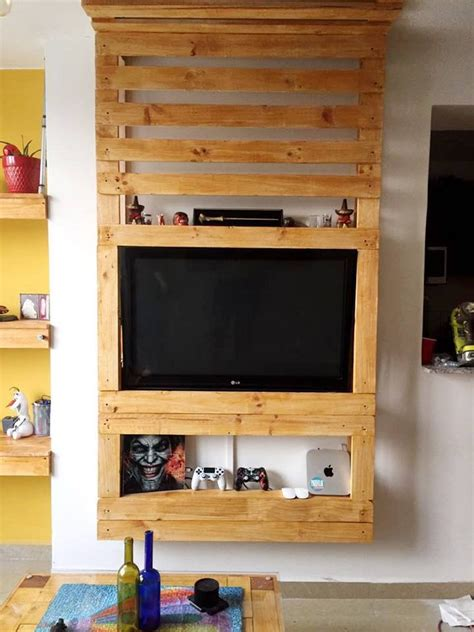 awesome recycling ideas   shipping pallets pallet