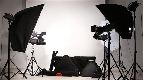 photography lighting equipment 14 recommended lighting kits for photography b h explora