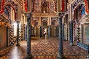 Oriental Colours | Saayaa
