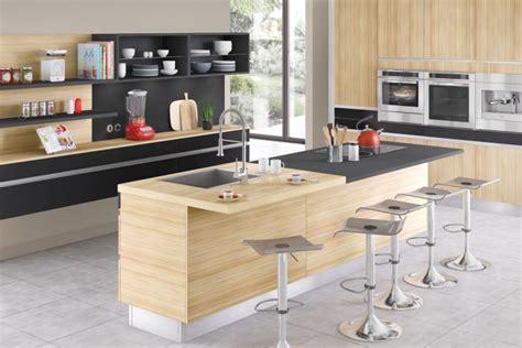cuisines comera nos cuisines design moderne bois avec îlot comera
