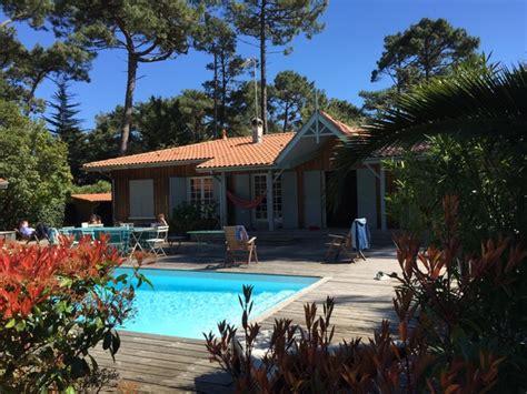 cap ferret villa bois avec piscine proche des plages