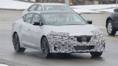 nissan maxima facelift spied    time