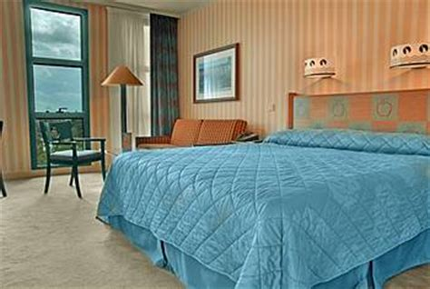 chambre standard hotel york disney voyagez avec l 39 hôtel york de disneyland