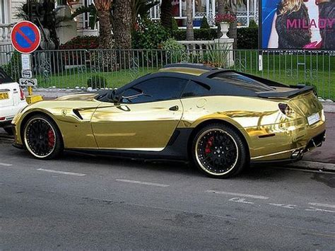 golden ferrari wallpaper black and gold ferrari 32 free wallpaper