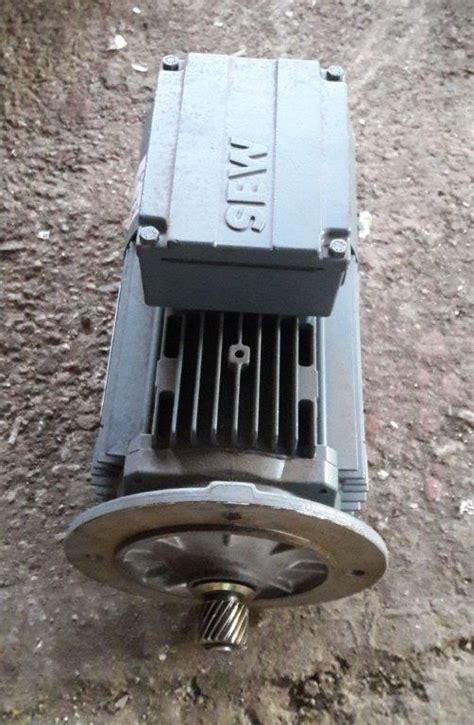 Motor Electric Trifazat by Motor Electric Trifazic 0 75 Kw 1380 Rpm 1680 Rpm