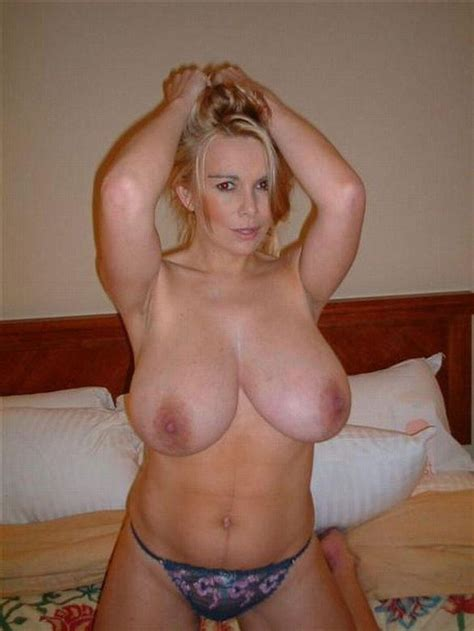 Blonde Natural Big Tits Milf Porn Pics And Moveis