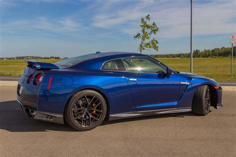 Nissan G Tr by 2017 Nissan Gt R Review Autoguide News