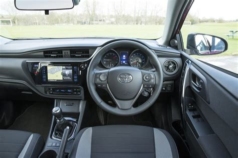 toyota auris interior  current toyota uk media site