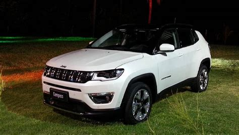 2017 Jeep Compass Launched Price Variants Interior