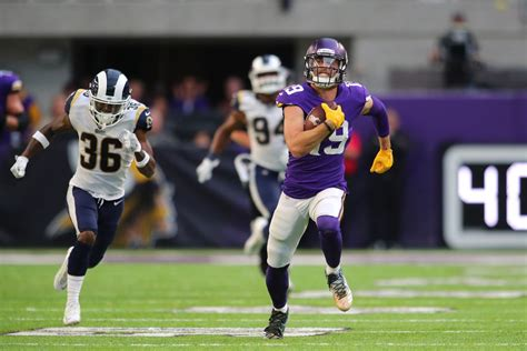 adam thielen wiki wife career family brother baby