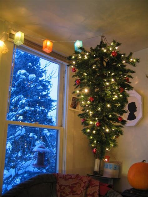 growdown upside down hanging christmas tree