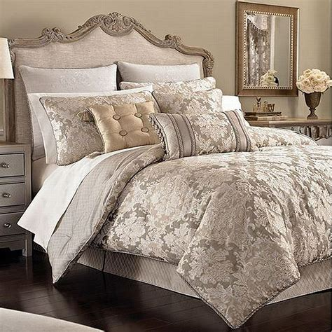 Discontinued Croscill Bedding by Croscill Home King 4 Comforter In A Bag Set New