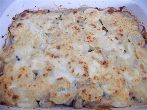 comment cuisiner un roti de cerf rôti aux pommes de terre lardons chignons recettes