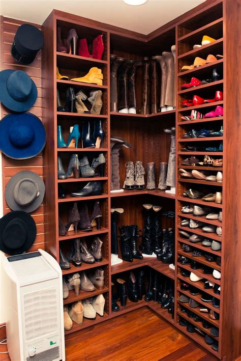 Storing Shoes In Closet by Best 25 Shoe Closet Ideas On Closets