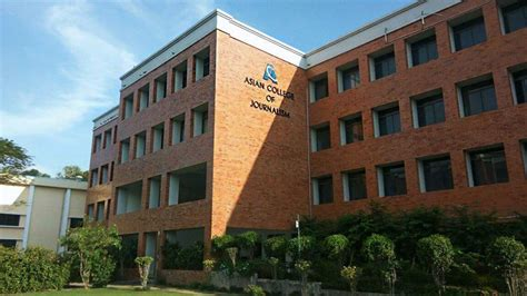 Journalism Colleges by Top 10 Journalism Colleges In India Extrachai