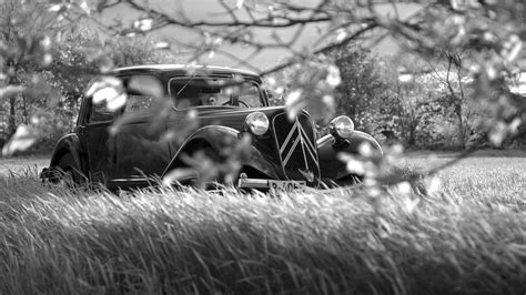 citroan artistic black  white classic cars machine