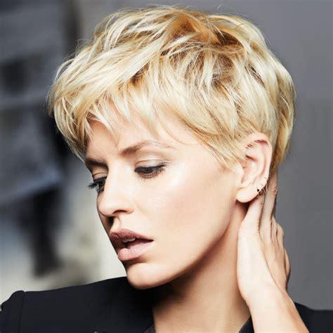 changer sa cuisine suite des coiffures coupes courtes tendances automne