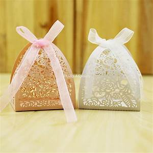 50pcs lace flower design laser cutting wedding candy box With favors for wedding guests