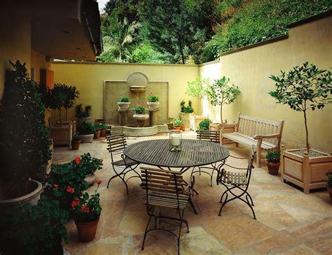 Italian Villa Patio In Hollywood Hills California Идеи