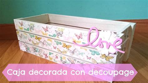 caja de manzanas decorada con decoupage
