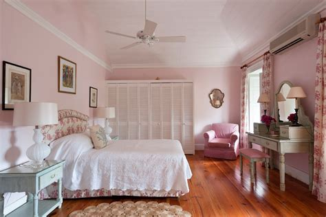 Bedroom Ideas Pink by 10 Beautiful Master Bedrooms With Pink Walls