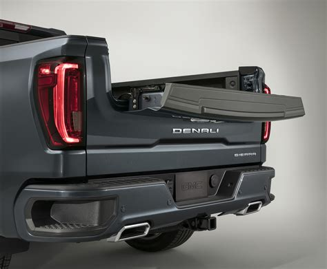 2020 Gmc Tailgate by 2019 Gmc 1500 Tailgate Of The Future Gearjunkie