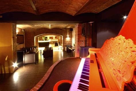 Decorating Ideas For Jazz by Piano Jazz Bar Restaurant Home Decorating Ideas