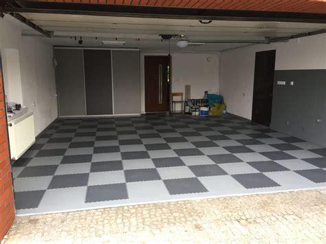 Fußboden Fliesen Für Garage by Fortelock Sanierung Einer Garage In Polen