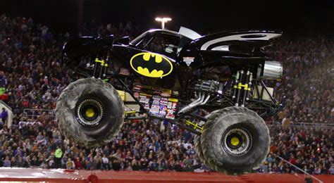 monster jam batman the original monster jam in knoxville tennessee exciting