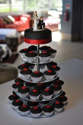 billard wedding cake toppers cupcakes with smooth black