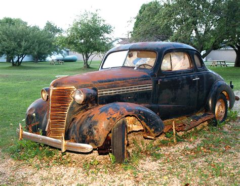 Rusty Old Cars - Four Insider Secrets to Saving Your